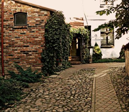 Biuro nieruchomości- kwestie nabycia, sprzedaży i wynajmu
