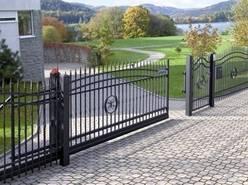Solidna brama - czym się kierować przy wyborze?